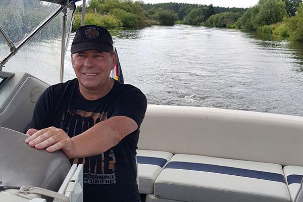 Sportbootfahren auf der Aller